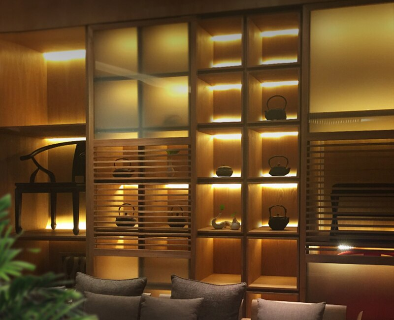 Under Cabinet Light Clip18mm Black Wooden Panel Cabinet Shelf Layer Splint Light Up/Down Double Glow For Wardrobe Showcase